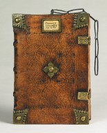 Front cover, fore-edge, and clasps, INC T320