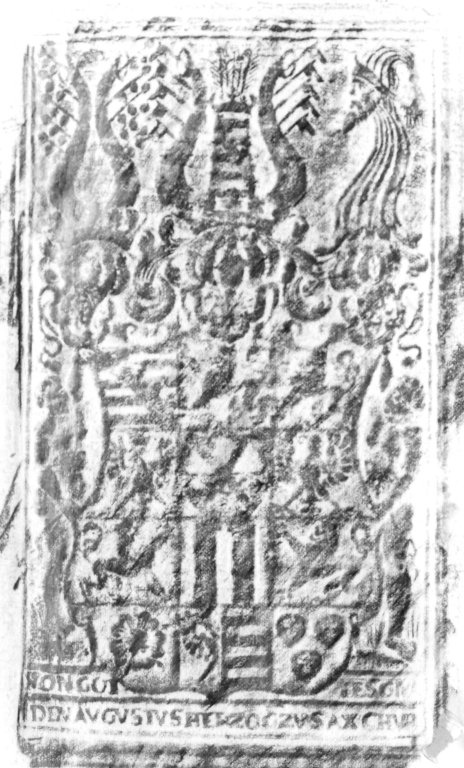 Back cover center panel stamp rubbing, 169- 939q.