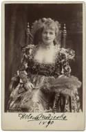 Helena Modjeska [as Portia in Shakespeare's Merchant of Venice] [graphic] / copyright 1889 by B.J. Falk.
