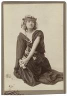 [Helena Modjeska as Ophelia in Shakespeare's Hamlet] [graphic] / Sarony.