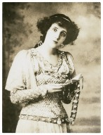 Mrs. Patrick Campbell as Ophelia, 1897 [graphic].