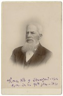 Thomas Kite of Stratford-upon-Avon, in his 90th year, 1898 [graphic] / T.C. & I. Chaplin, photographers.