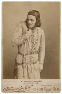 Mr. Richard Mansfield as King Richard III [in Shakespeare's King Richard III] [graphic] / Stereoscopic Coy.