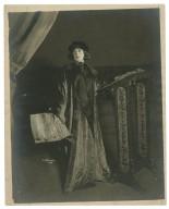 [Julia Marlowe as Portia in Shakespeare's Merchant of Venice] [graphic] / Ira D. Schwarz.