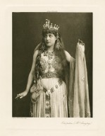 [Lillie Langtry as Cleopatra in Shakespeare's Antony and Cleopatra] [graphic] / W. & D. Downey.