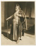 """[Otis Skinner as """"Shylock"""" in Shakespeare's Merchant of Venice] [graphic] / White Studio."""