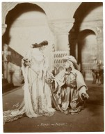 [7 photographs of a production of] Romeo and Juliet [starring E.H. Sothern and Julia Marlowe] [graphic] / Hall.