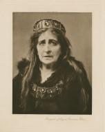 Margaret of Anjou (Genevieve Ward) [in Shakespeare's Richard III] [graphic] / photo, J. & L. Caswall Smith.