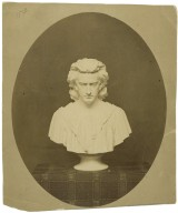 Photo of bust of Edwin Booth.