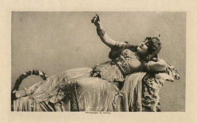Fanny Davenport as Cleopatra [in Sardou's Cléopatra] [graphic] / photograph by Sarony.