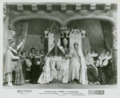 Photograph from Laurence Olivier's movie of Henry V: Final scene.