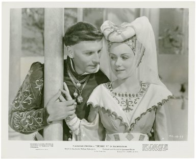 Photograph from Laurence Olivier's movie of Henry V: Henry wooing Katherine.