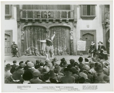 Photograph from Laurence Olivier's movie of Henry V: Leslie Banks as the Chorus.