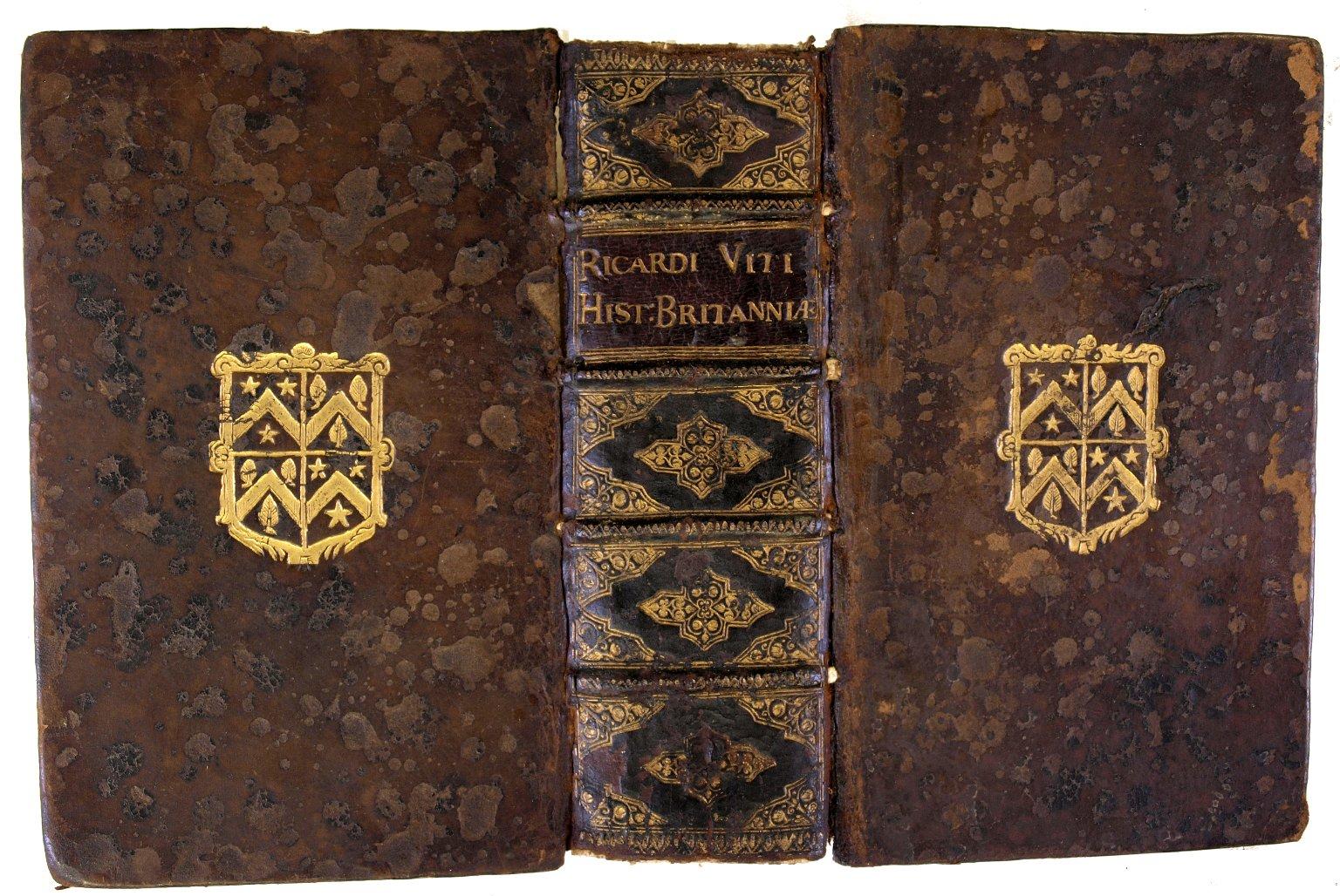 Open covers, DA135 W4 1597b copy 2 cage.