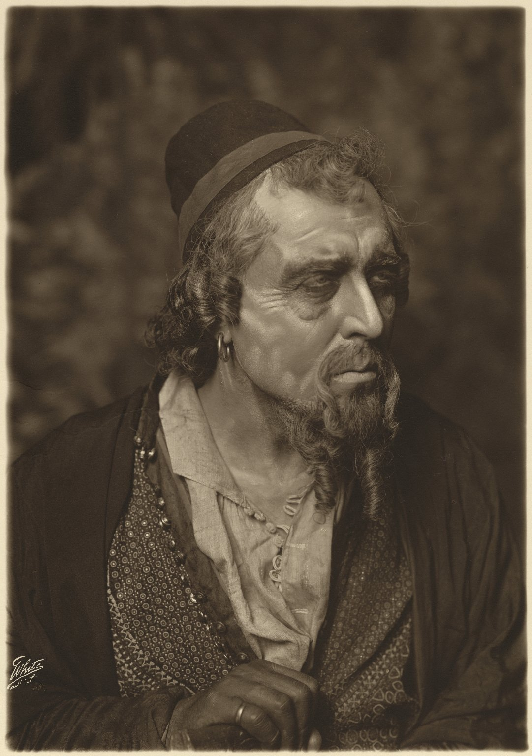 [E.H. Sothern as] Shylock [in Shakespeare's Merchant of Venice] [graphic] / White.