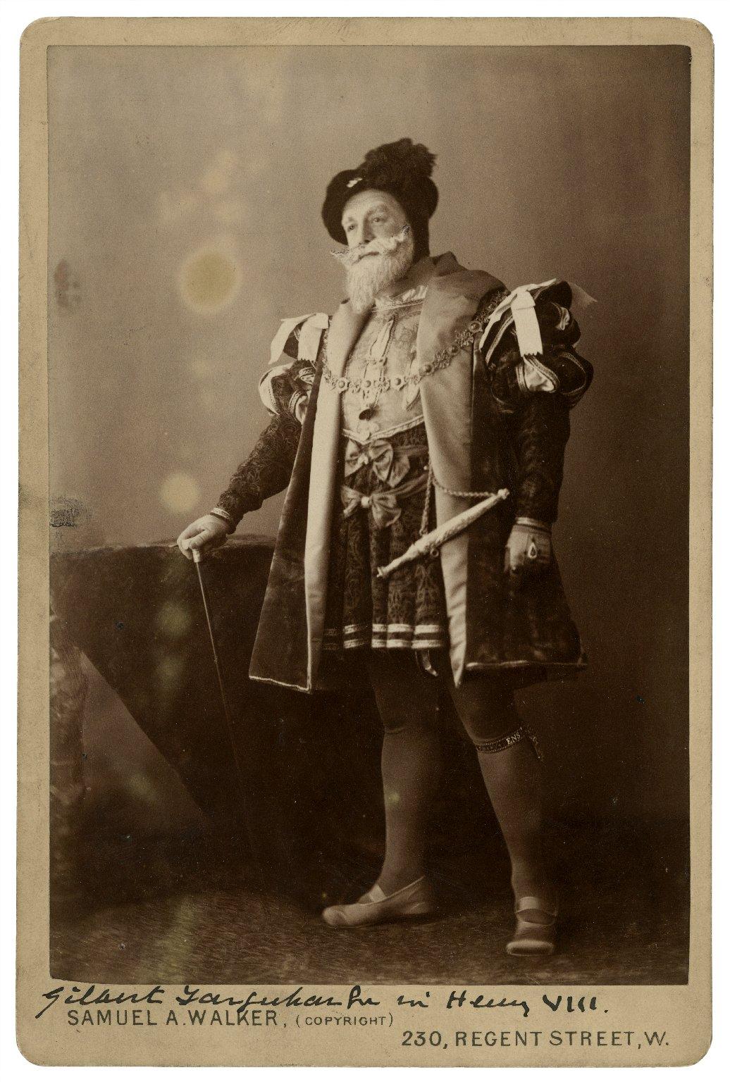 Gilbert Farquhar in [Shakespeare's] Henry VIII [graphic] / Samuel A. Walker (copyright).