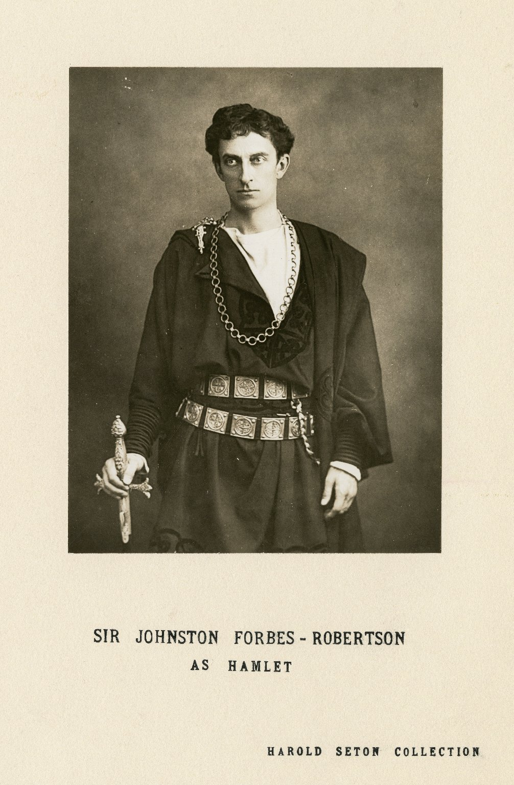 Sir Johnston Forbes-Robertson as Hamlet [in Shakespeare's Hamlet] [graphic].