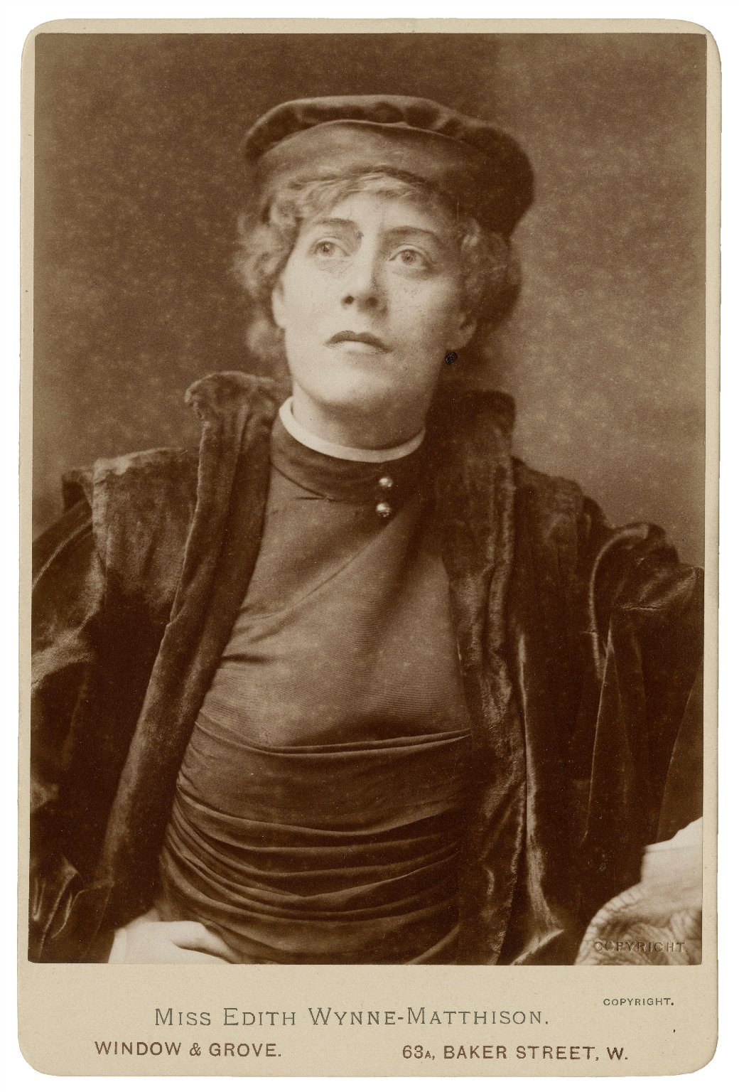 [Edith Wynne Matthison as Portia in Shakespeare's Merchant of Venice] [graphic] / Window & Grove.