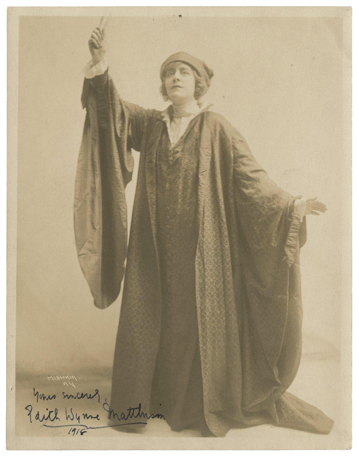 [Edith Wynne Matthison as Portia in Shakespeare's Merchant of Venice] [graphic] / Mishkin.