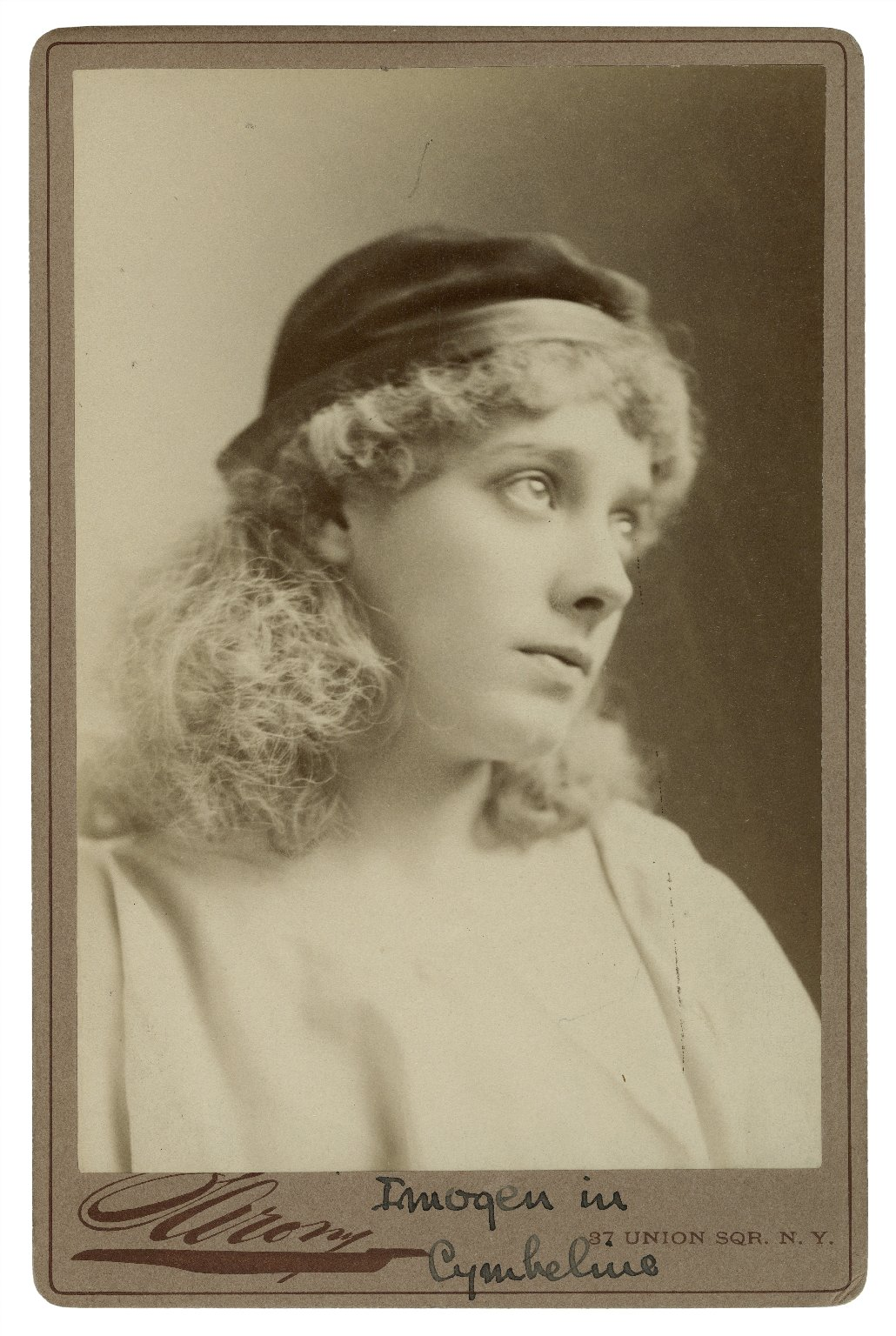 [Julia Marlowe as] Imogen in [Shakespeare's] Cymbeline [graphic] / Sarony.